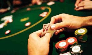 ganar dinero extra poker